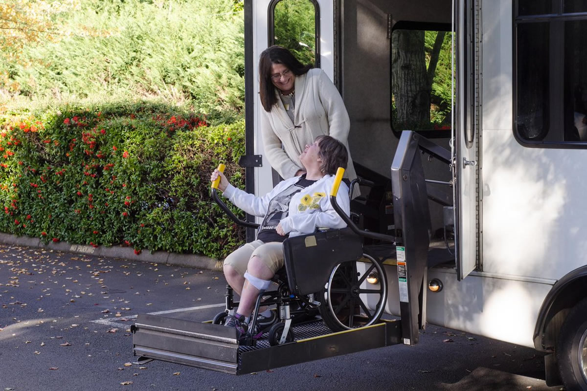 Six Qualities of a Great Wheelchair Transportation Service in Plant City FL