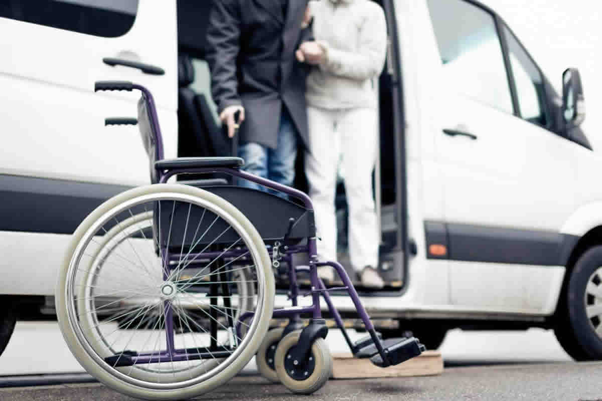 Five Reasons to Consider Private Transportation Services instead of Public Transportation